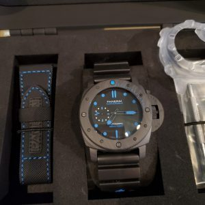 PANERAI Luminor Submersible Carbotech PAM 1616 Blue 47mm Automatic BRAND NEW