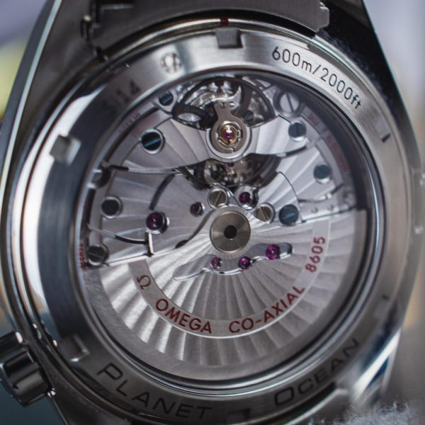 movement Omega Seamaster Planet Ocean GMT 600m 43.5mm – BOX & PAPERS – 232.30.44.22.01.002