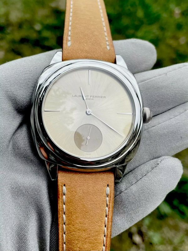 Laurent Ferrier Galet Square Micro-rotor Champagne Dial